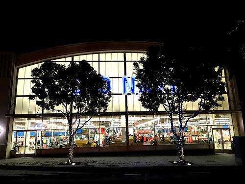 Bright lights of OLDNAVY