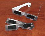 カメラに日食メガネを貼り付けて天体観測「ロスアンゼルスに日食ブームがやってくる」