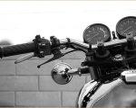 海外仕様 ヤマハSR500 モノクローム写真